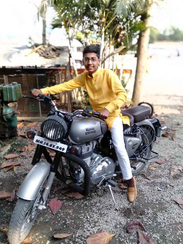 🤳माय सेल्फी - ROYAL ENFIELD MH . 14 . GX . 949 - ShareChat