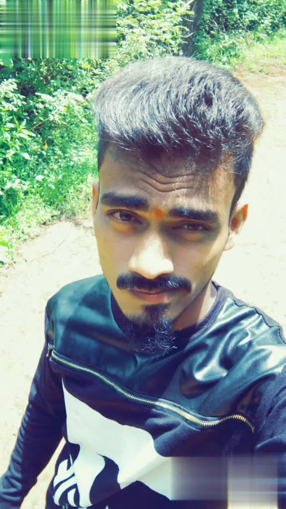 sanket - e Tiksokt Bro @ ee My ID : Sanket332inute ago MITTE editor by SACHIN PHAGE jaan DC bro love you miss you REPLY My ID : sankets321 - ShareChat