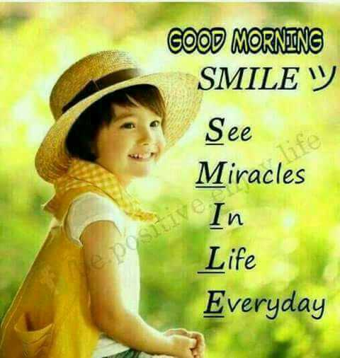 sunday morning smile😃😃 - COOD MORNING SMILE W See Miracles In Life Everyday - ShareChat