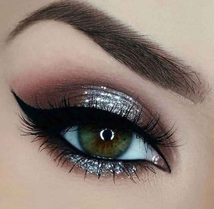 Eyes Makeup - ShareChat