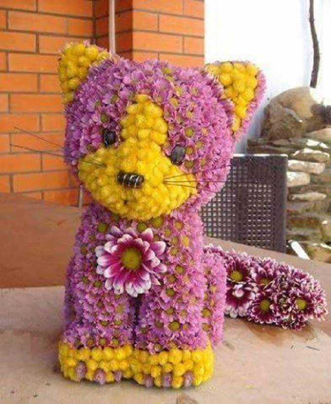 designs with flowers - ShareChat