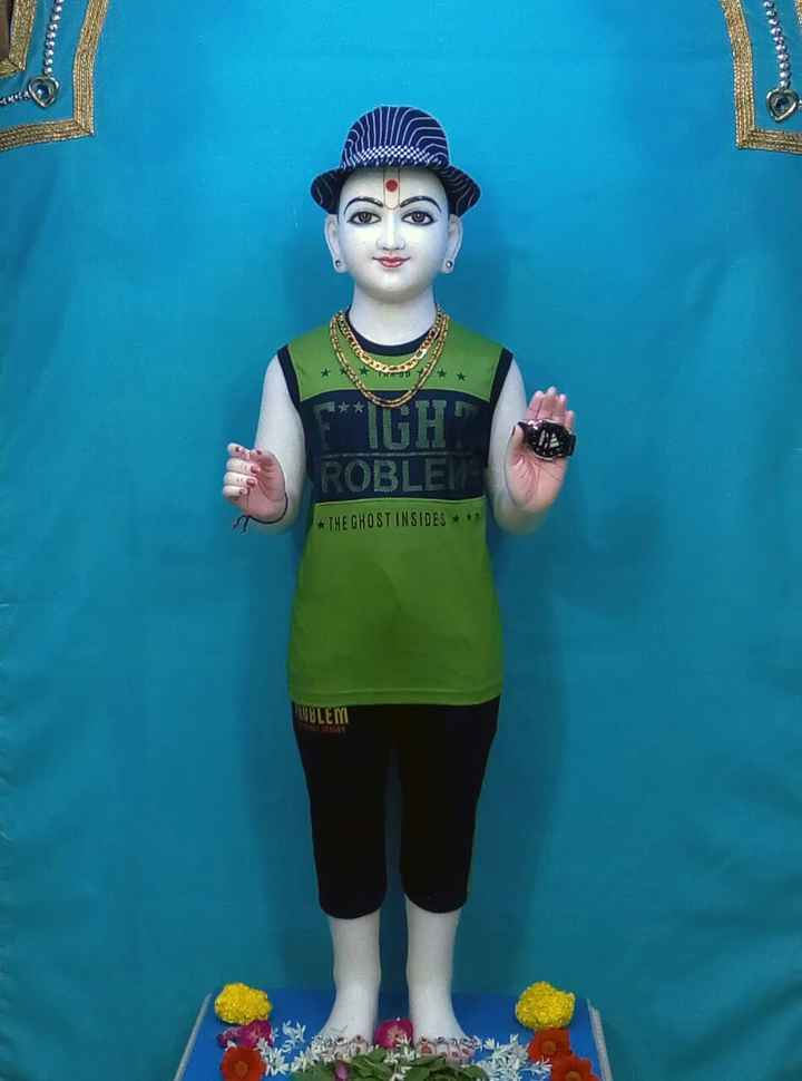 jay swaminarayan - ROBLE * THE GHOST INSIDES + + 1 OBLEM - ShareChat