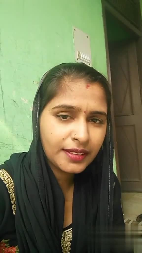 ye pagal h - Video ID : 80765053872 பச முடி : - ShareChat