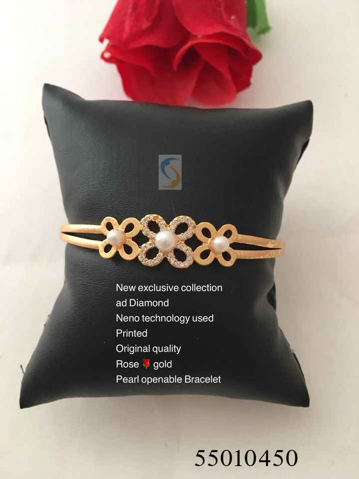 ज्वेलरी कलेक्शन - New exclusive collection ad Diamond Neno technology used Printed Original quality Rose gold Pearl openable Bracelet 55010450 - ShareChat