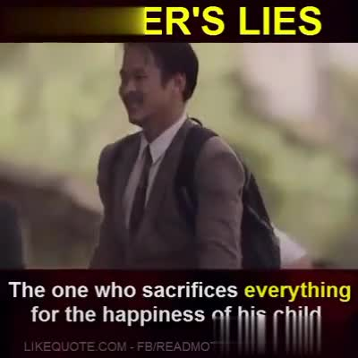😆 हँसी के फ़व्वारे - FATHER ' S LIES The one who sacrifices everything for the happiness of his child . LIKEQUOTE COM - FB / READMOTIVATIONAL QUObreature ? FATHER ' S LIES The one who sacrifices everything for the happiness of his child . LIKEQUOTE COM - FB / READMOTIVATIONALQU beleet07 - ShareChat