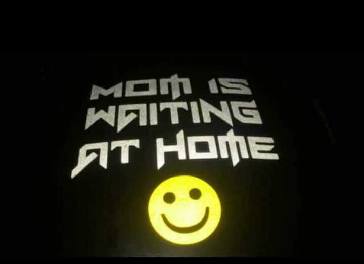 i love mom dad - MOM is WAITING AT HOME - ShareChat