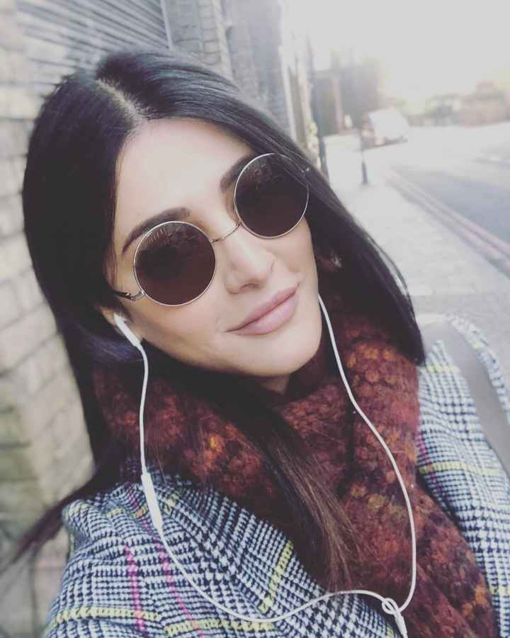 shrutzhaasan - ShareChat