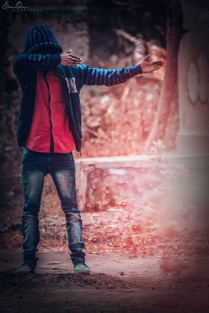 style - Emon , Photography - ShareChat